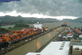 Webcam: Unser Container im Panamakanal