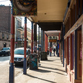 Trottoir an der Frenchmen Str. in New Orleans
